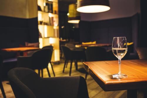interior Ilze Svence Easy wine 2017 09